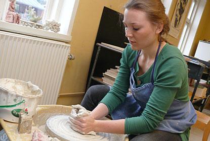 Dreje-ler i keramik på Ry Højskole