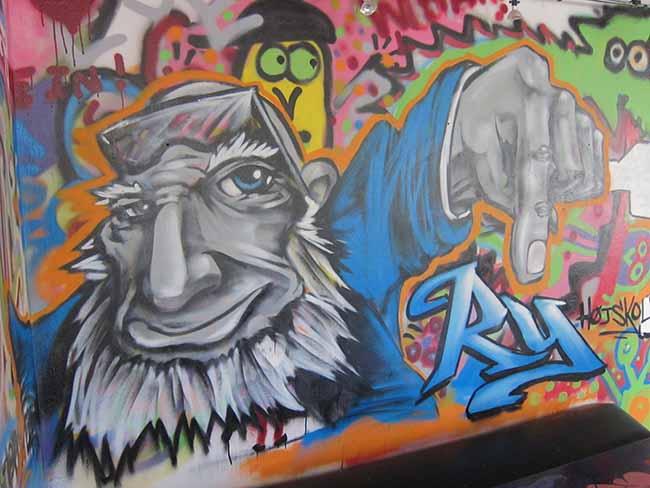 Grafitti af Grundtvig 650 x 500